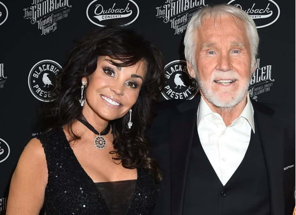 Country Icon Kenny Rogers Dead, Pop-Country Singer And Actor Kenny Rogers Died Of Natural Causes